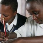 Elever i skolen i Mukono i Uganda