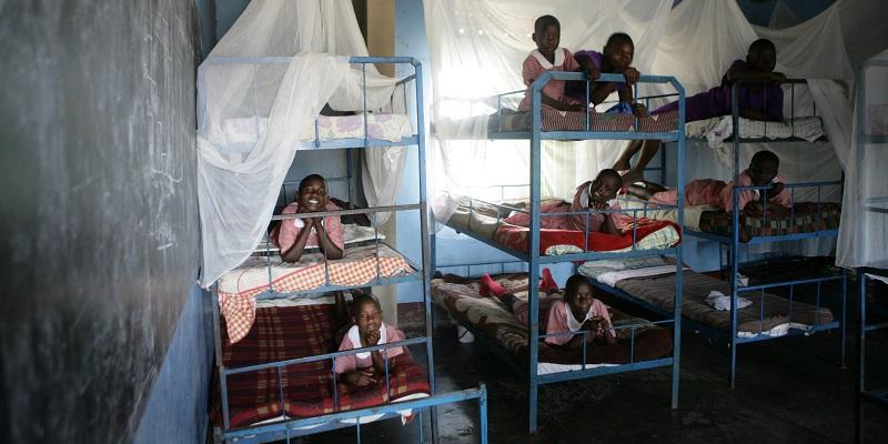 Sovesal på børnehjemmet ved Kakundi-skolen i Uganda
