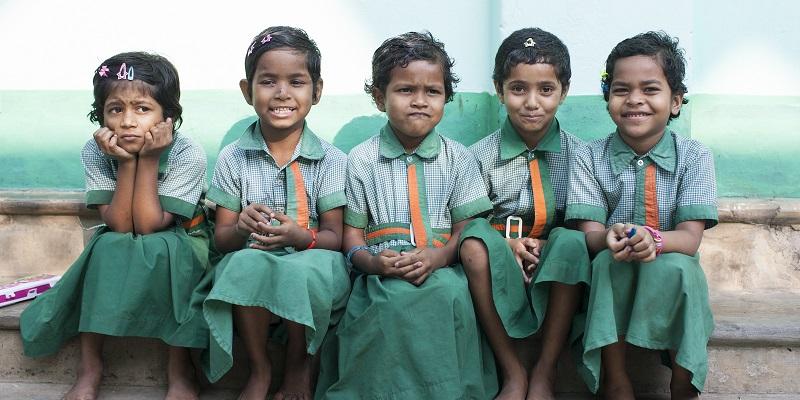 Børn på børnehjemmet i Santibari i Indien