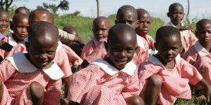 Børn på Kakundi-projektet
